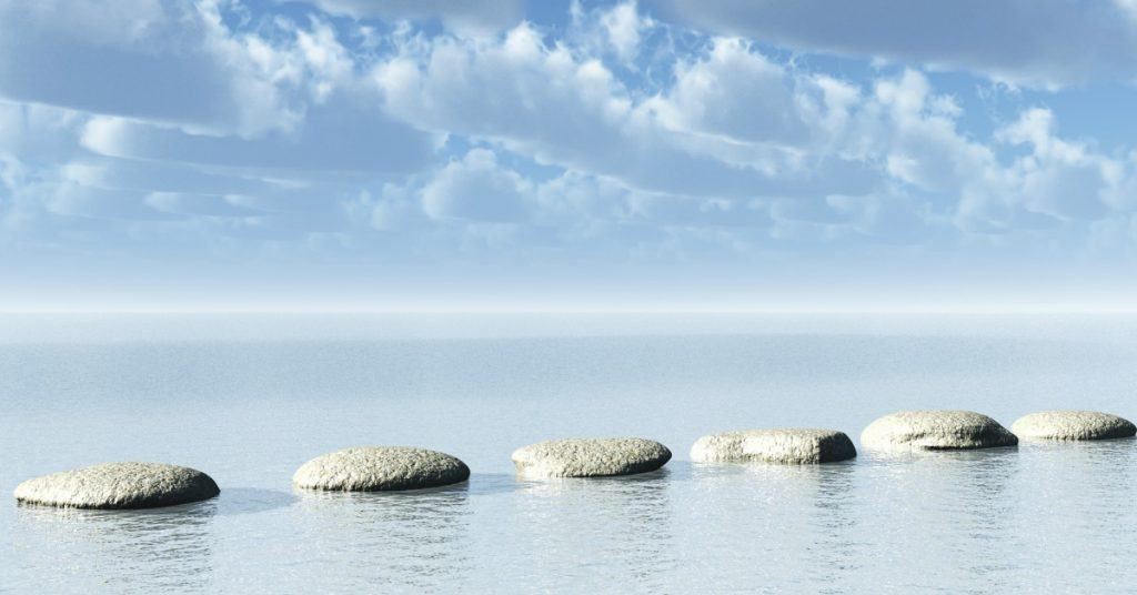 Stepping stones in the ocean, how to use stepping stone goals to achieve your dreams.
